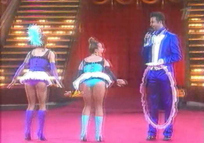Видео Жанна показывает трусики в передаче Цирк со звездами. 4,9 Mb.