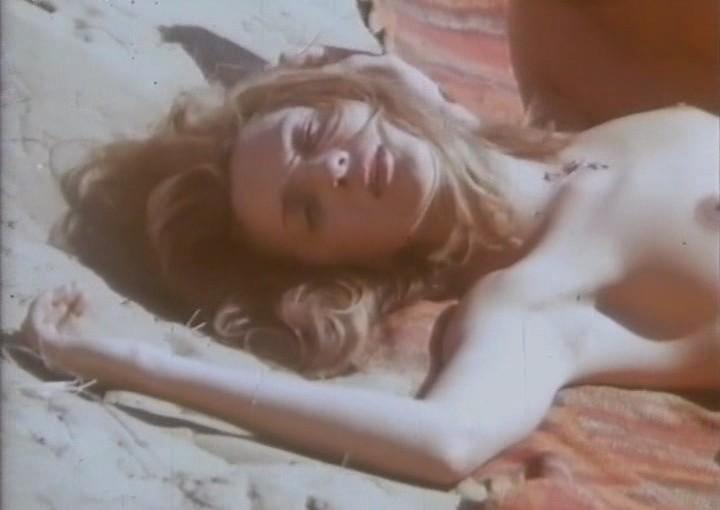 lesbiyanki-tyurma-film