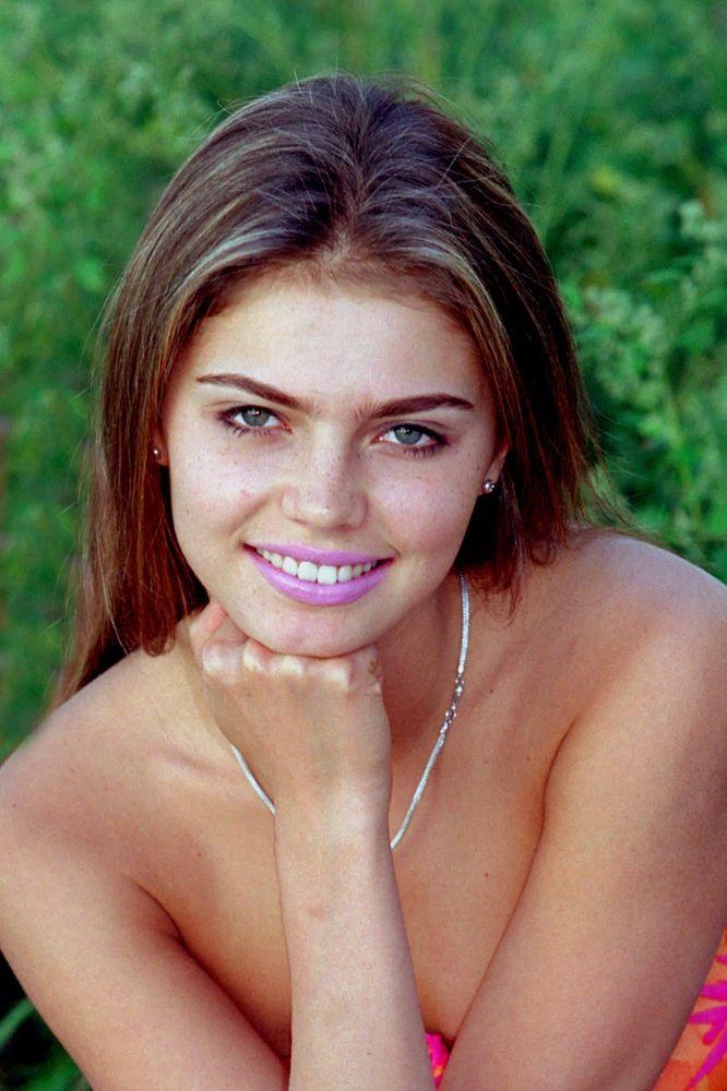 Фото актрис Алина Кабаева - Фото: http://all-stars.su/552-alina-kabaeva-foto.html