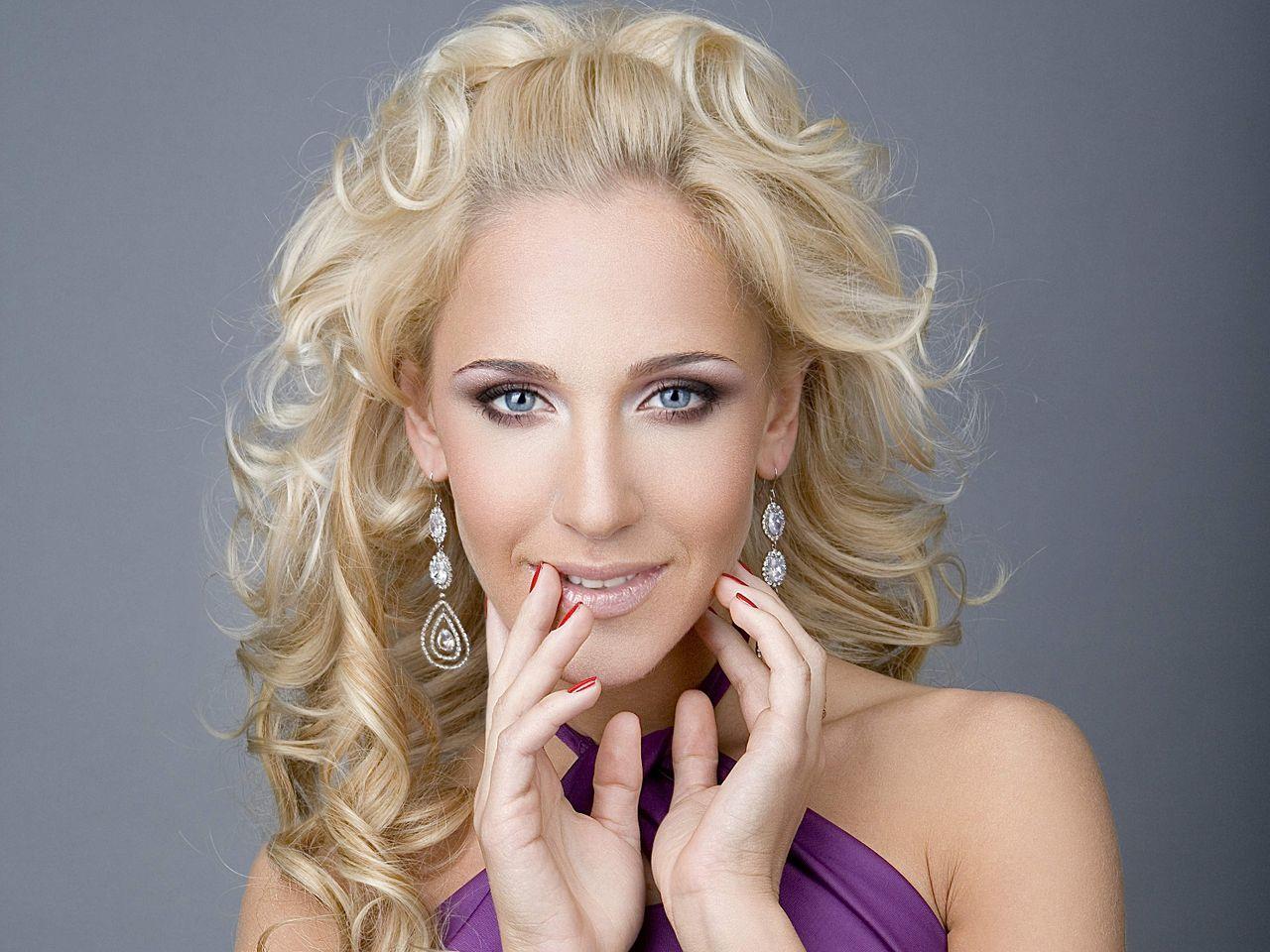 Юлия кавальчук певица фото 6