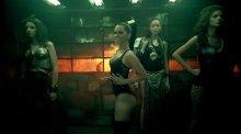 """Видео равно позитив Ина обнаженная во клипе """"Club Rocker"""""""