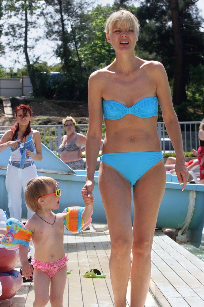 Русские голые актрисы  смотреть эротические сцены из