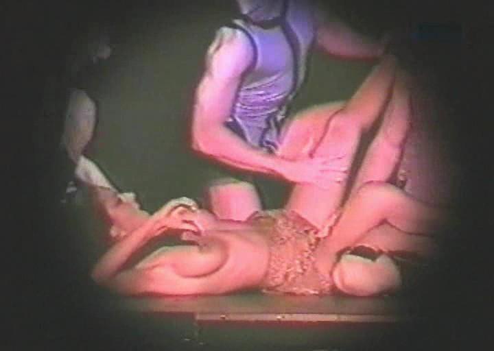 seks-s-znamenitimi-devushkami