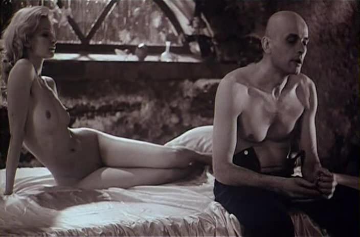 Фото актрисы в кино голые