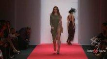 """Видео равно фотомордочка Ируня Тонева на нижнем китайка получи и распишись показе мод """"GRAZIA"""""""