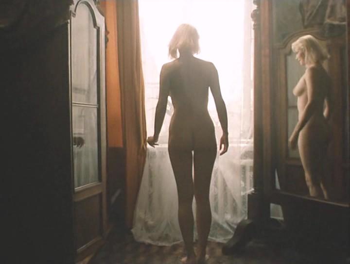 фото голой ларисы белогуровой из фильма гений