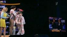 """Видео равным образом позитив Настя Каменских во эротическом костюме """"Чумачечая весна"""" (Live)"""
