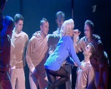 "Видео да фотка Настя Заворотнюк на программе ""Настя"" исполняет песню Мерлин Монро"
