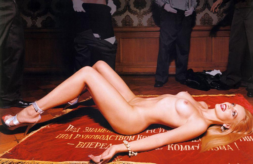 olga-rodionova-golaya-vse-foto