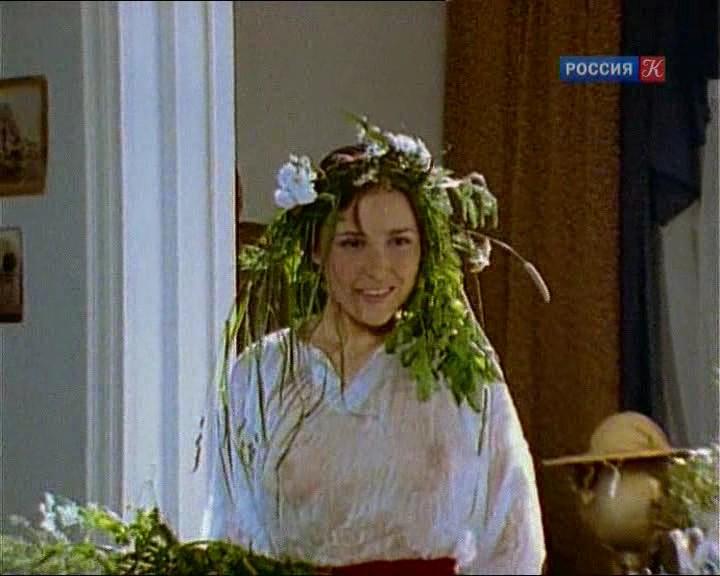 aktrisa-panova-golaya