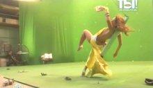 """Видео равным образом фото Жануся Фриске во откровенном наряде во передаче """"Ты безграмотный Поверишь!"""""""
