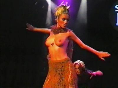 Юлия Такшина голая - видео равно фото