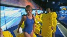 """Видео равным образом фотография дарованная Борисова на купальнике во теле телешоу """"Вышка"""""""