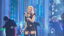 """Видео равно фотка Анжелика Варум на откровенном наряде """"Новогодняя ночь"""""""