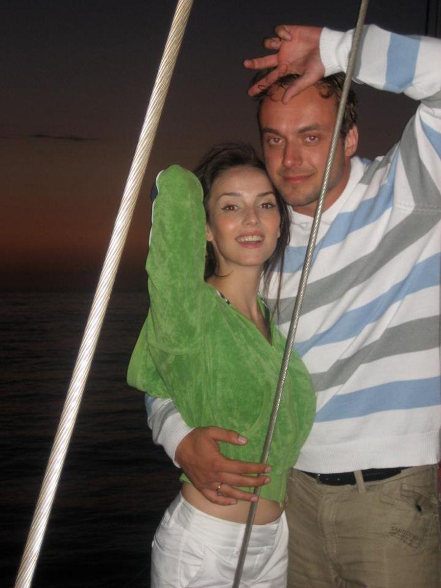 Максим щеголев личная жизнь фото с женой и детьми