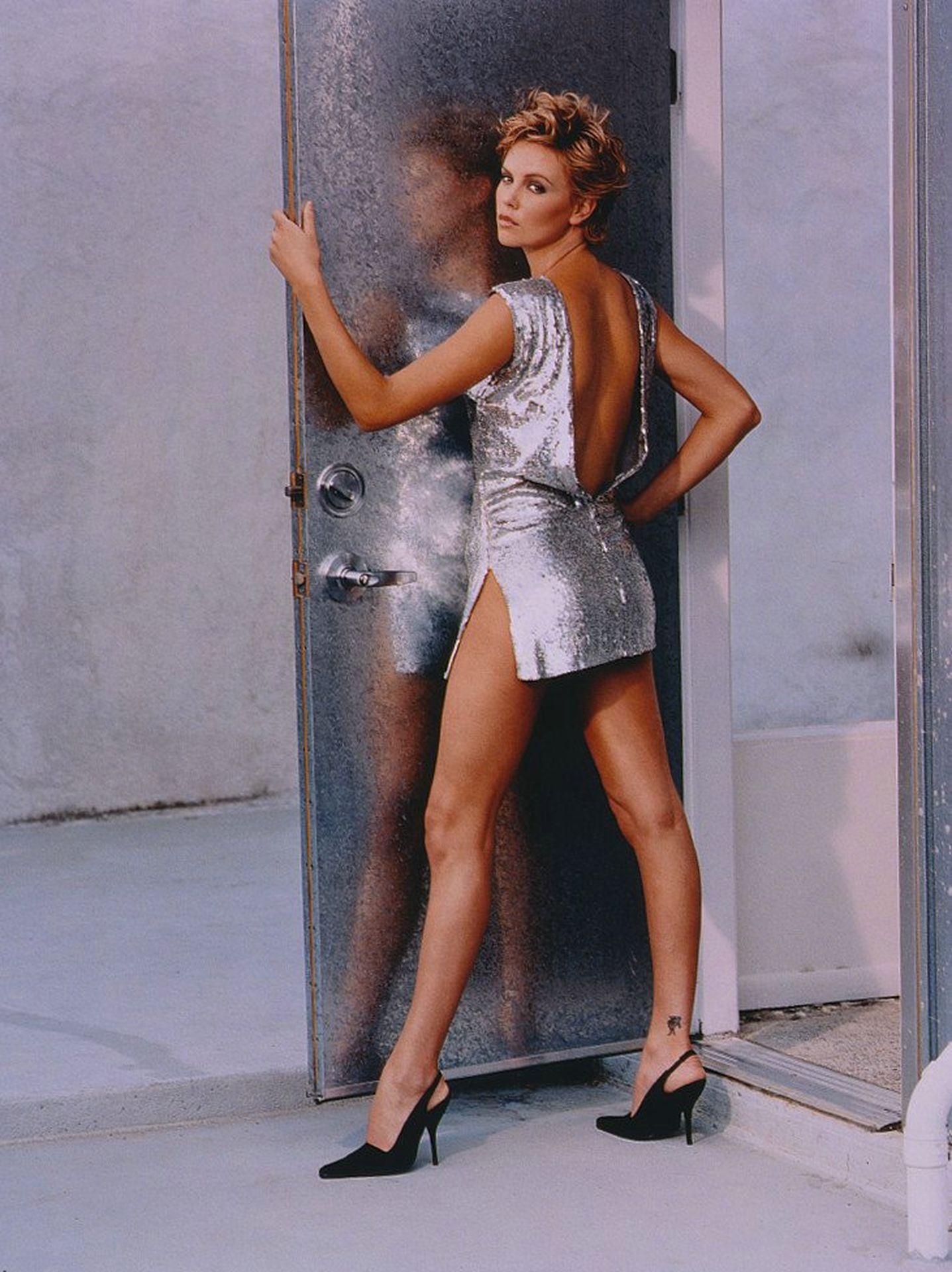Фотосессии Шарлиз Терон фотосессии в Playboy, GQ... кэти перри инстаграм