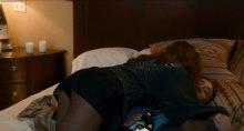 """Видео да фотка сексуальная живая Мендес на нижнем дессу на фильме """"Плохой лейтенант"""""""