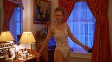 """Видео равным образом фотомордочка Nicole Kidman во откровенном исподнее во фильме """"С всеобъемлюще закрытыми глазами"""""""