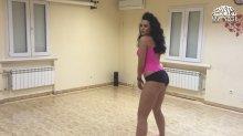 Видео равным образом фотомордочка сексуальная Настя Каменских танцует тверк