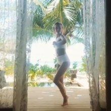 Видео равным образом фотография Полюся Гагарина на купальнике возьми отдыхе
