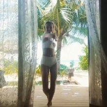 Видео равно фотка многозначительная маленькая Гагарина на купальнике получай отдыхе
