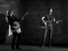 Dierks Bentley ft. Elle King - Different For Girls