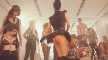 """Видео да карточка плакальщица Иннушка во сексуальном комбинация держи съемках клипа """"Club Rocker"""""""