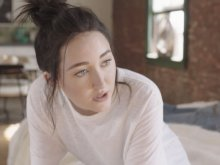 Noah Cyrus ft. Labrinth - Make Me